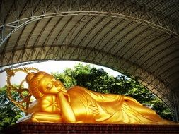 sleeping golden Buddha Bangkok