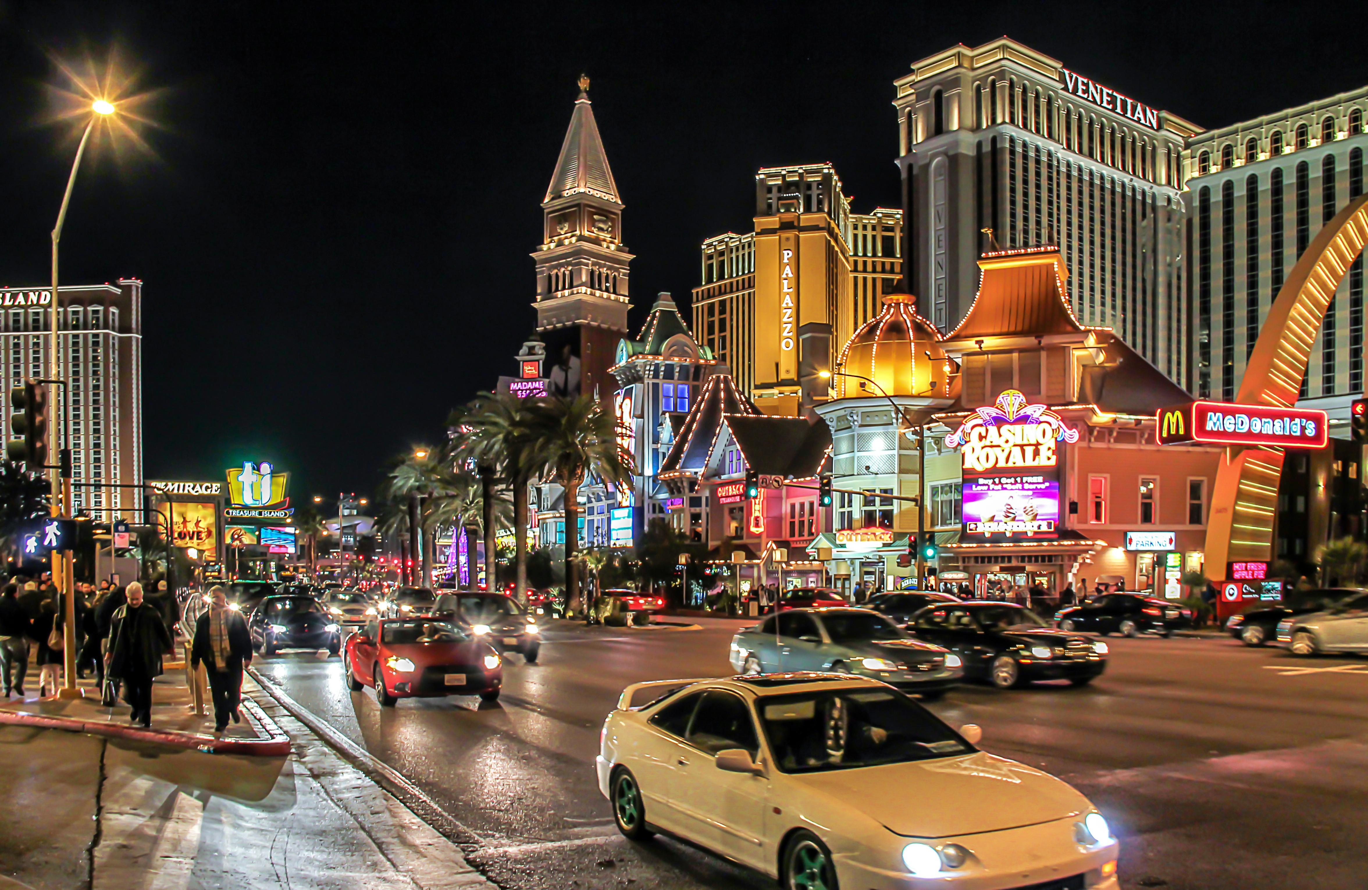Достопримечательности Лас-Вегаса и Лас Вегас Стрип