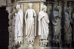 Reims Cathedral statue