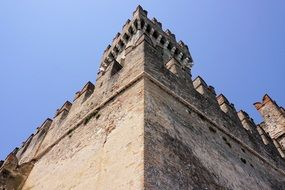 details of knight's castle in sirmione