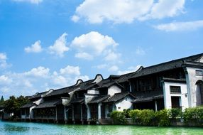 waterfront houses in Wuzhen