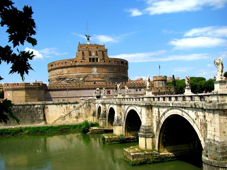 Historical architecture in Rome