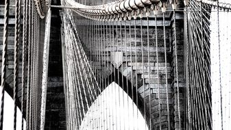 drawing chains on the brooklyn bridge