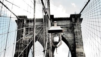 street lamp on brooklyn bridge
