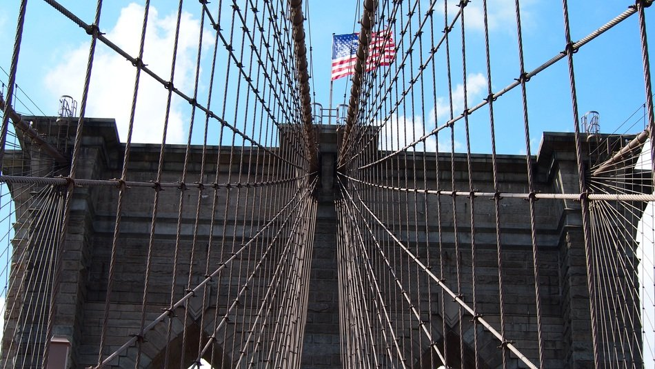 metal lattice on the brooklyn bridge