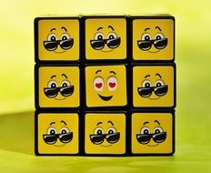 clipart of the yellow smileys on a cubes