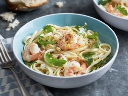 Noodles with the prawns