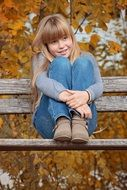 photo of girl on the bench