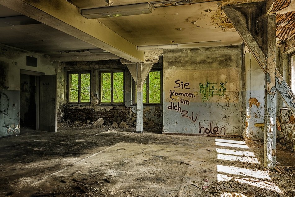 Lost Places Space