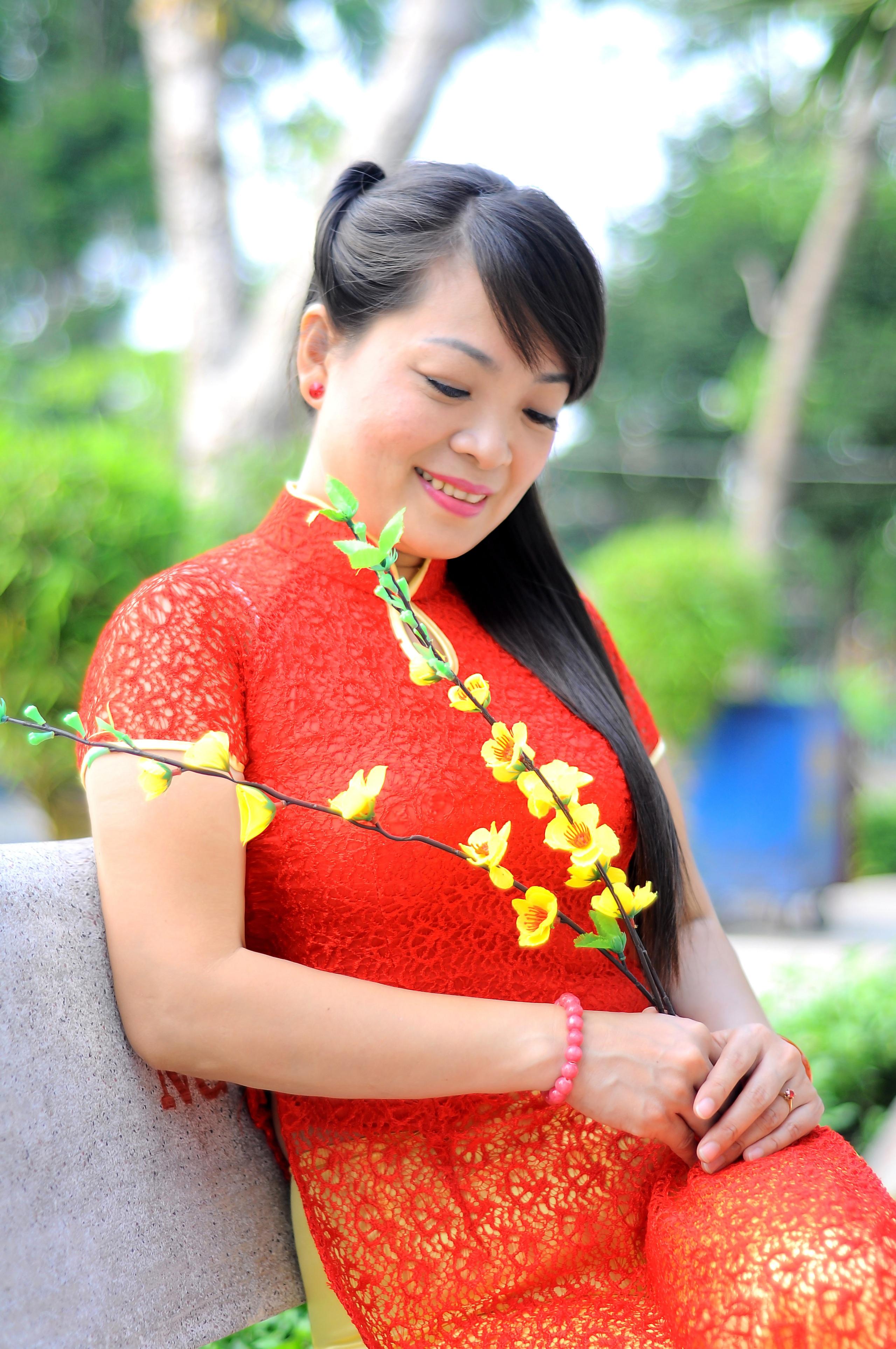 young-vietnam-girls-photos-busty-black-jada-fire