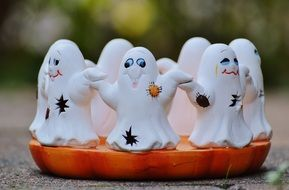 ceramic Ghosts Group