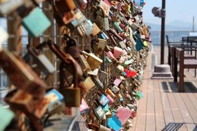 metal lock promise of lovers
