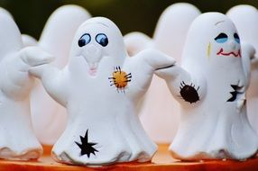 Halloween Ghosts Group statuettes