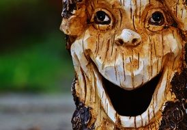 mystical Log Face laugh Tree