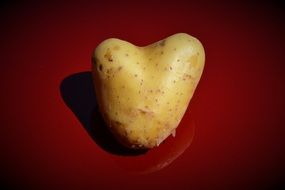 picture of a heart-shaped potato