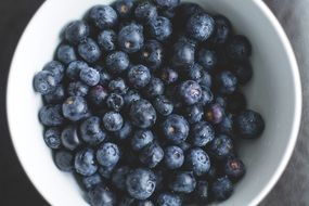 blueberries is a healthy diet