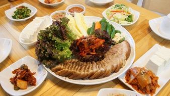 traditonal korean meal