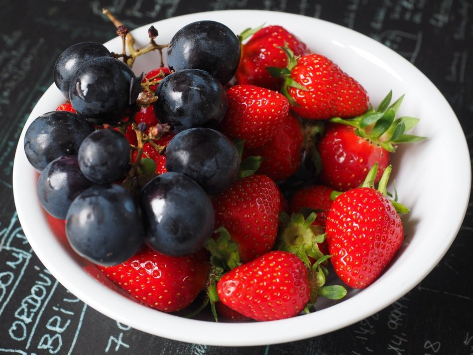 fruit plate with grapes and strawberries