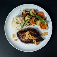 grilled steak and vegetables on plate, Western cuisine