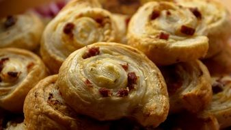 puff pastry with bacon
