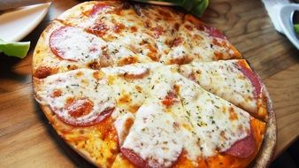 italian pizza with cheese