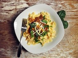pasta with spinach and cheese
