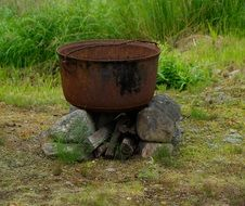 rusty cooking pot