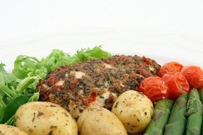 steamed chicken with spices and vegetables