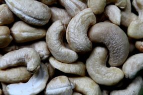 Cashew is a healthy nut