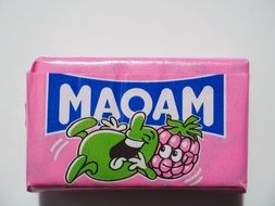 chewy candy maoam with raspberry flavor