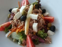 Salad with Tuna and Asparagus