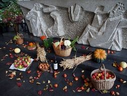 autumn Thanksgiving table decoration