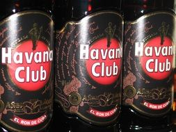 alcohol in a club in Havana