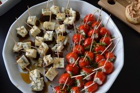 delicious party snacks