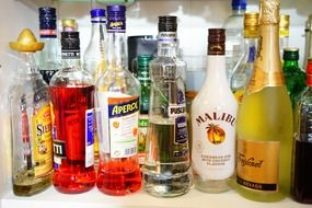 Different varities of the alcoholic drinks in the bottles