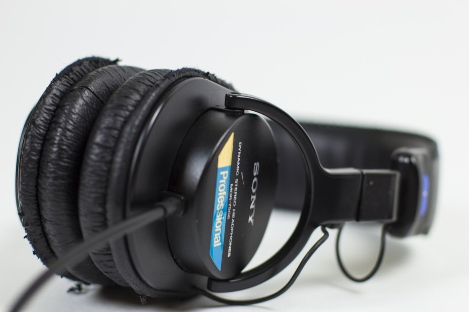 Headphones Sony MDR-7506 Professional