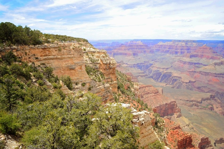 scenic view of grand canyon rocks in arizona