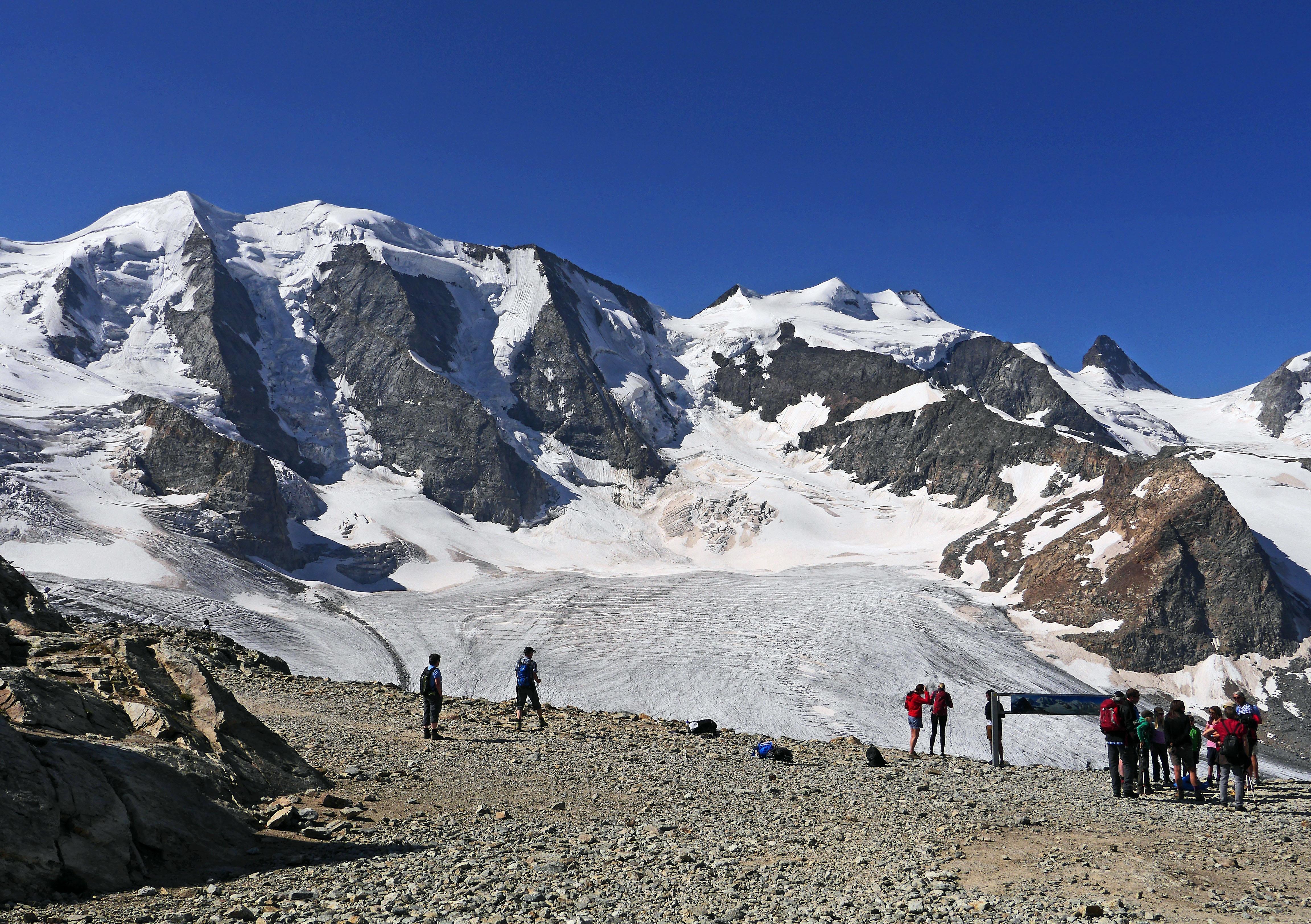 Piz Bernina, Moteratsch Glacier, Engadine, Switzerland  № 1473549  скачать