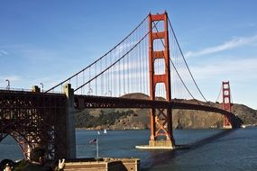 golden gate bridge in sunny day