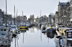 boats on the Dutch canal