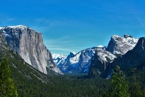 extraordinary beautiful mountains in Yosemite national park, usa, california