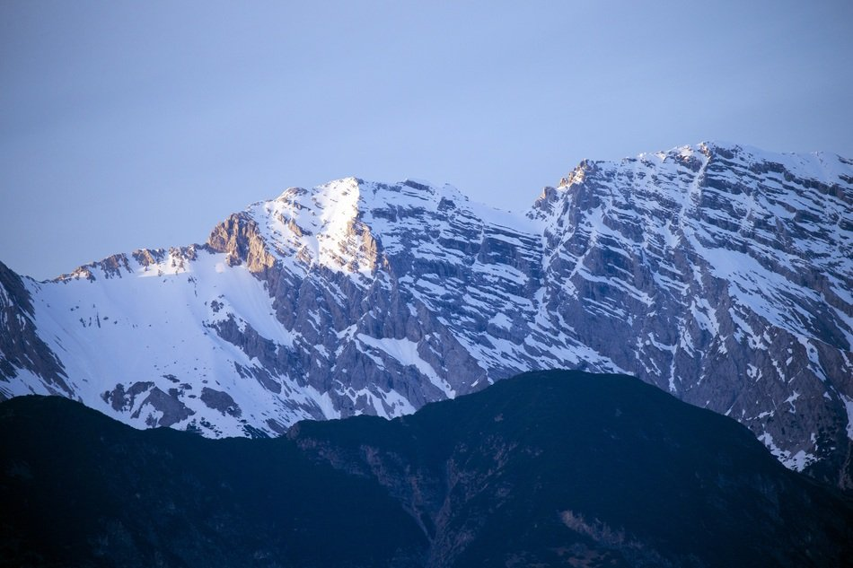 panorama of a snowy mountain range in the tyrol mountains