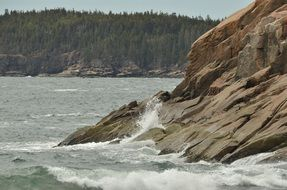 splashing waves in the Acadia national park