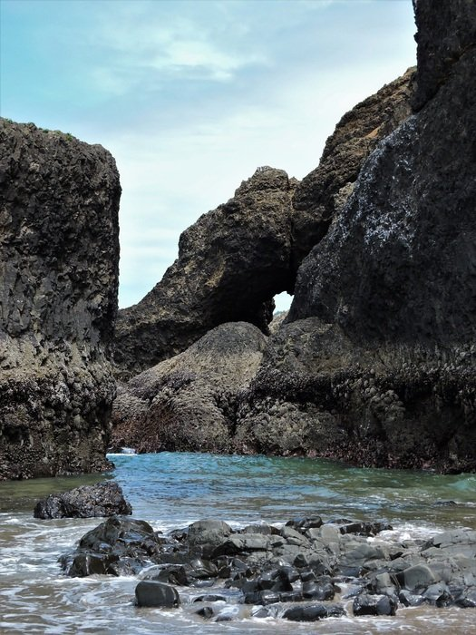 scenic three arch rocks in Oregon