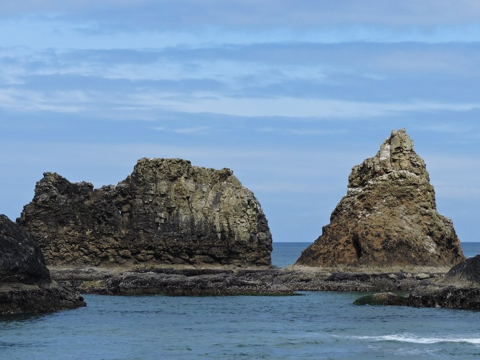 coastline rocks in Oregon