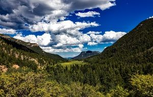 cloudy sky over the picturesque nature of colorado