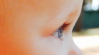 Child Looking Away, Eye close up