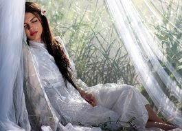 Long haired Girl Veil White Beauty