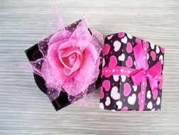 beautiful Gift Boxe with ribbon Rose