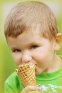child eats ice cream
